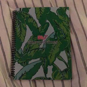 VINEYARD VINES notebook